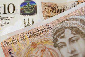 10 pound notes