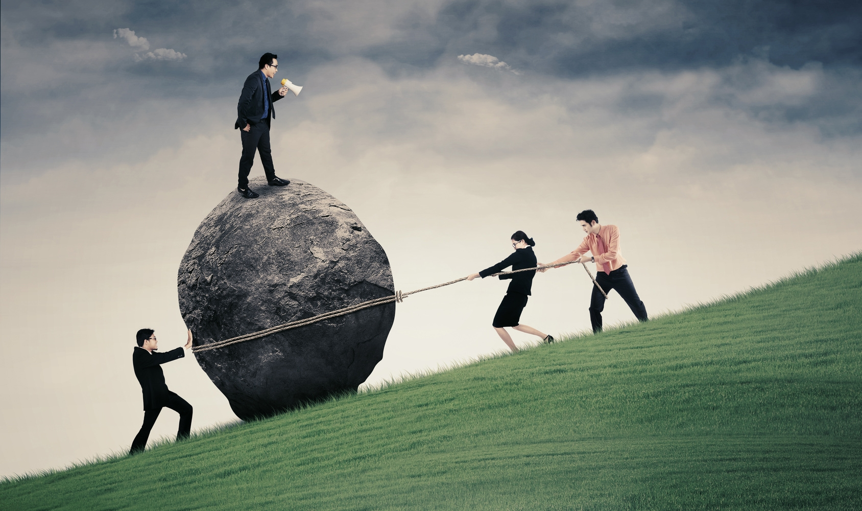 Risks, resources and government-supplier relationships